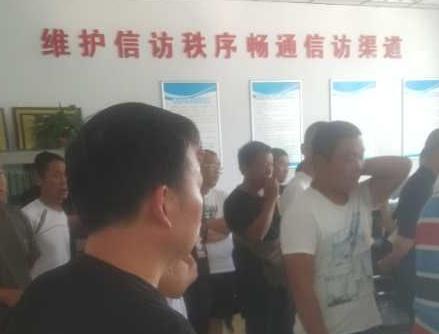 郑州:大批鸽棚面临强拆 市鸽
