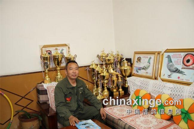 访内蒙古包头市云鸣镝团队寄养棚张志国