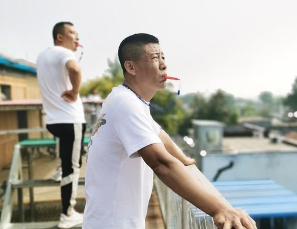 """开创教练何贵:我与邢伟是""""战友""""也是玩伴"""